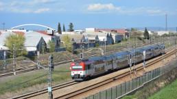 ¿Cómo se genera electricidad en los trenes?